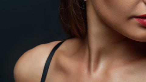 Ventajas y desventajas de un aumento de pecho con y sin cirugía