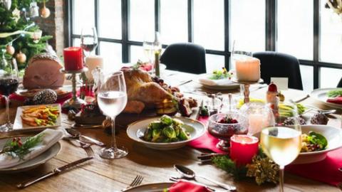 Atracones navideños… ¡cómo evitar que los excesos deterioren tu salud!