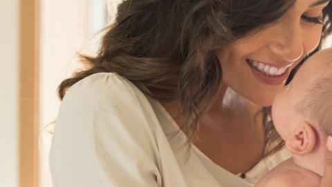 Maternidad y Lactancia: Tras convertirte en mamá, ¿Es posible recuperar el pecho que tenías antes del embarazo? Claves para lograrlo